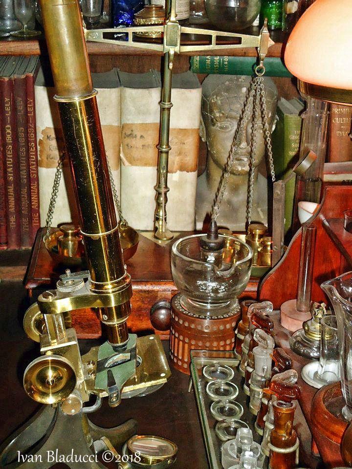 alambicchi, museo sherlock holmes, londra